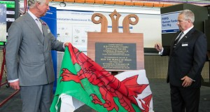 Prince Charles unveiling plaque